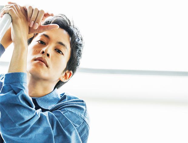 【松坂桃李】 映画『HELLO WORLD』 声で命を吹き込んだ 彼が見た作品の世界とは—